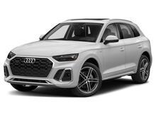 2021_Audi_Q5 e_Prestige_ Philadelphia PA