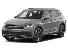 2022_Volkswagen_Tiguan_SE_ Kansas City KS