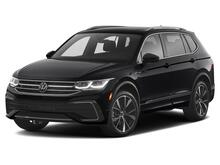2022_Volkswagen_Tiguan_SE R-Line Black_ Kansas City KS
