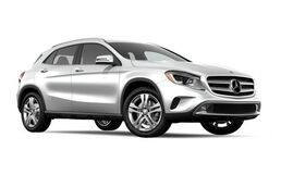 New Mercedes-Benz GLA at San Juan