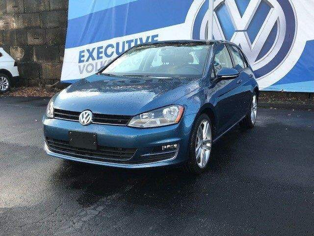 2015 Volkswagen Golf TDI SEL 4-Door