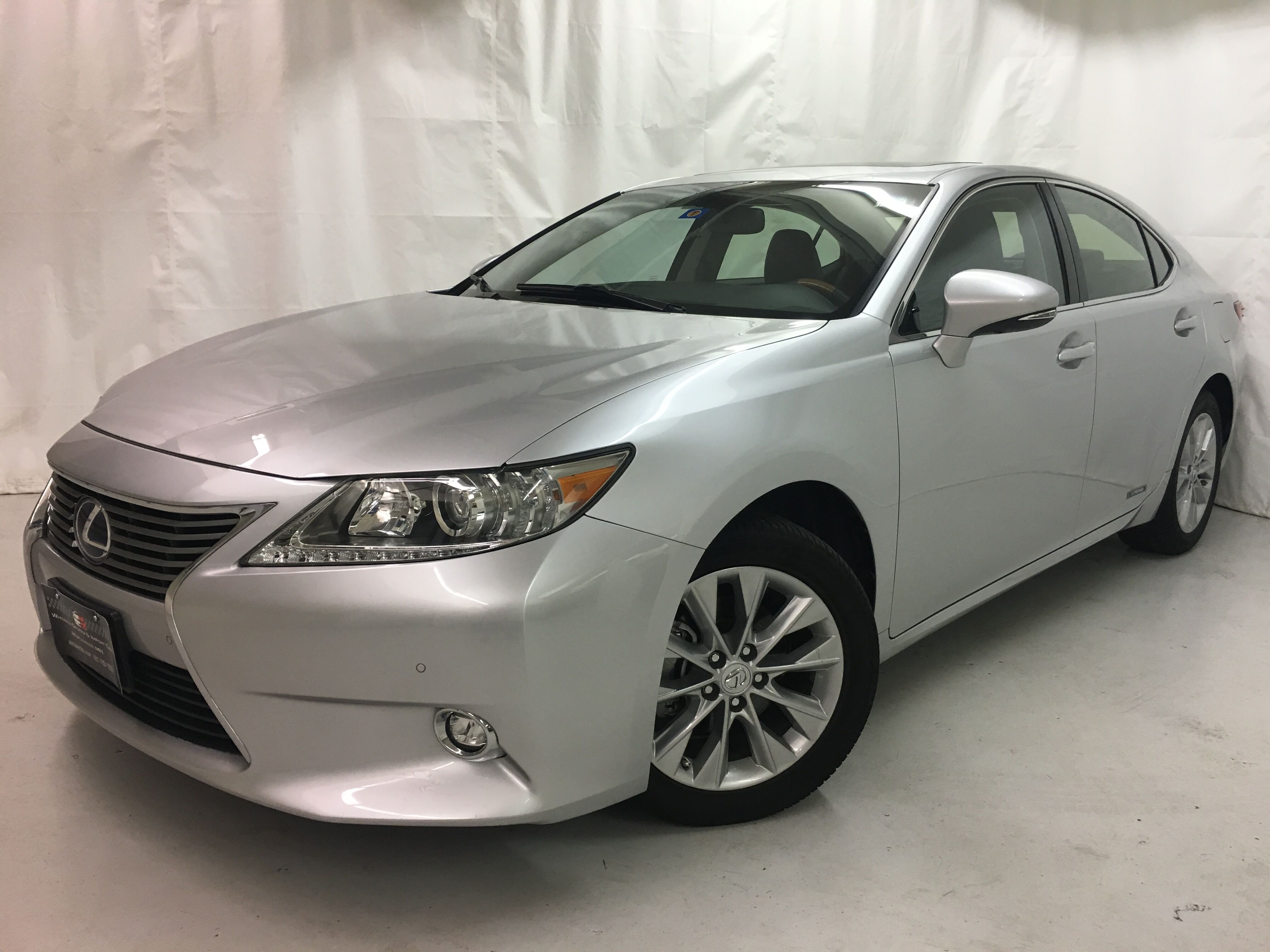 2014 Lexus ES 300h Hybrid Luxury Navigation
