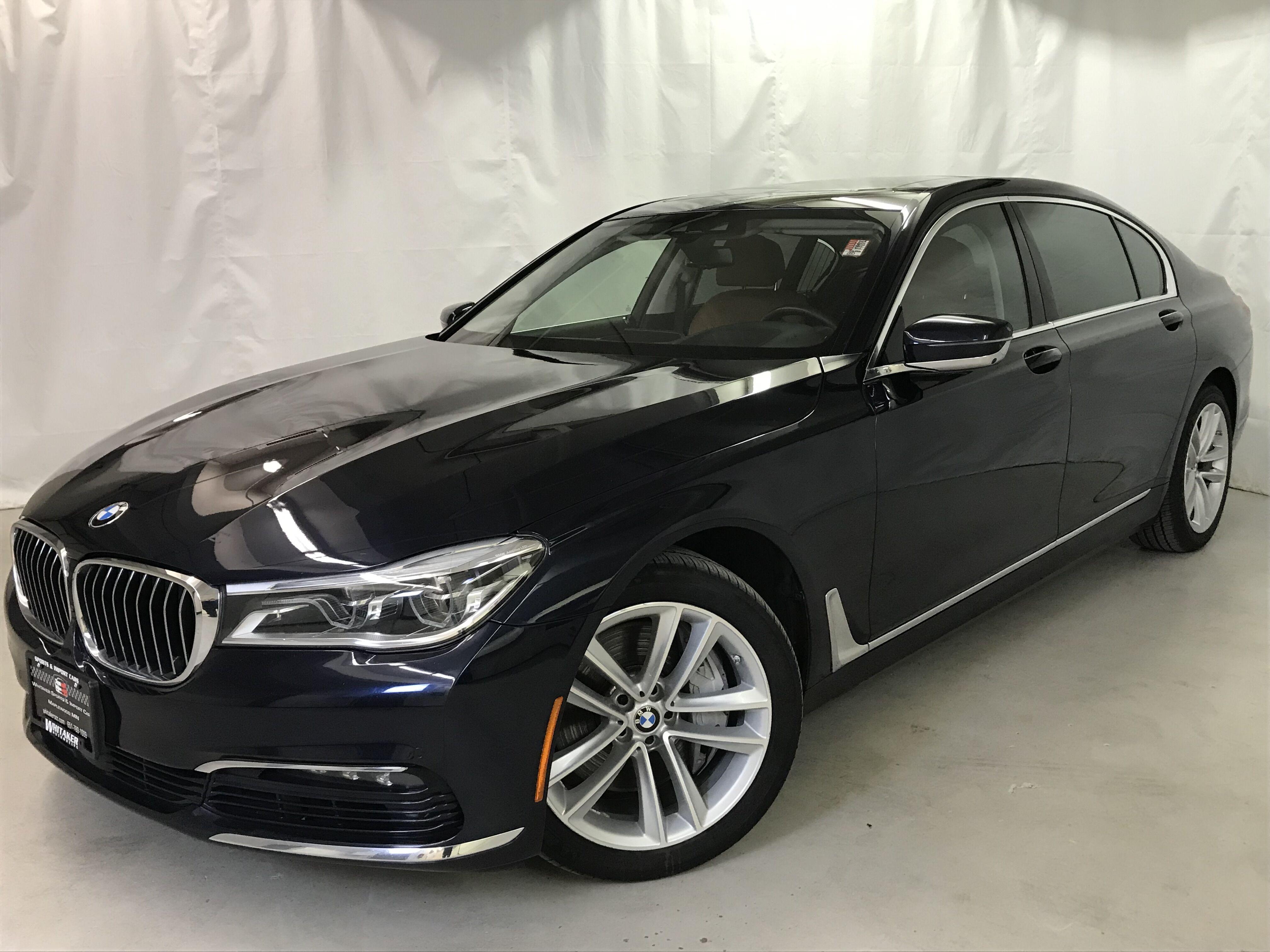 2016 BMW 7 Series 750i xDrive Executive II Driver Assist II Interior Design
