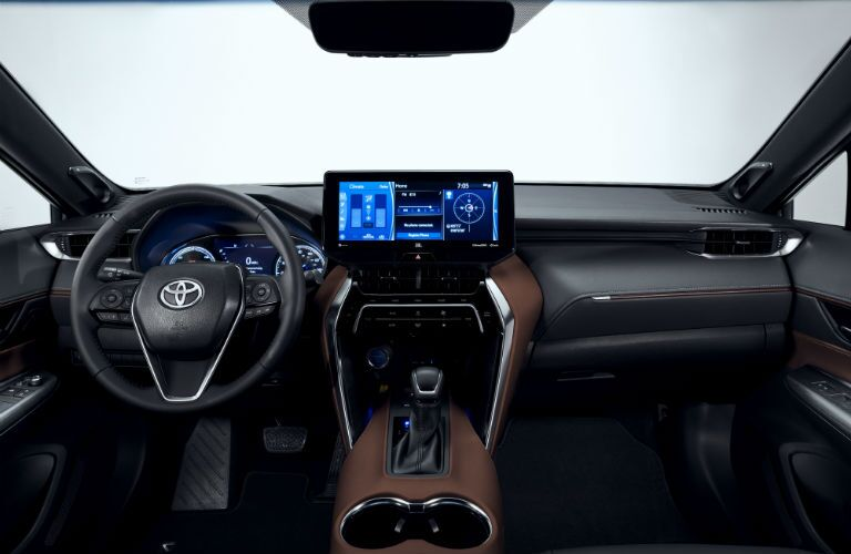 A photo of the driver's cockpit and dashboard in the 2021 Toyota Venza.