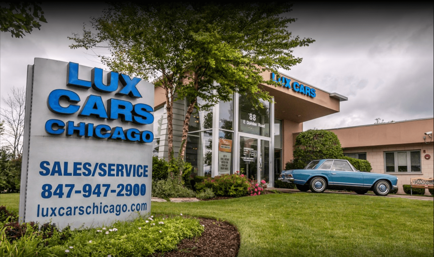 Lux Cars Chicago