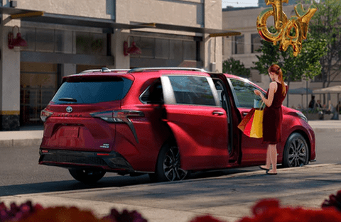 Hands-free power sliding side doors and liftgate