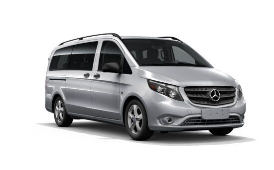 New Mercedes-Benz Metris Passenger Van near Chicago