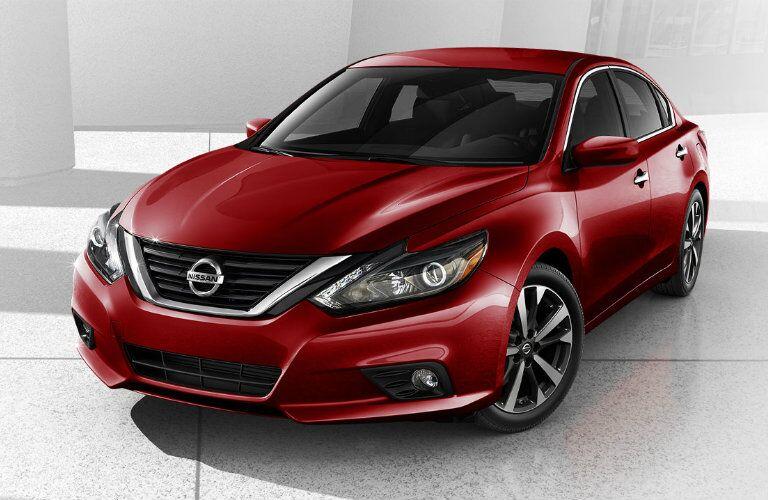 2016 Nissan Altima exterior