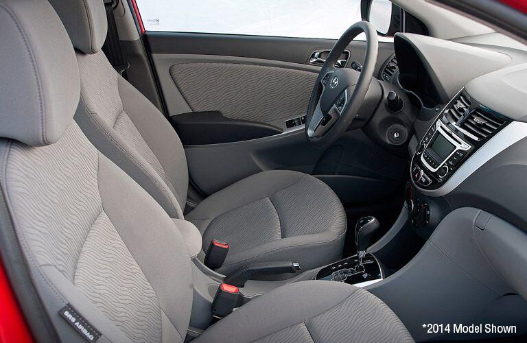 2015 Hyundai Accent Vs 2015 Hyundai Veloster