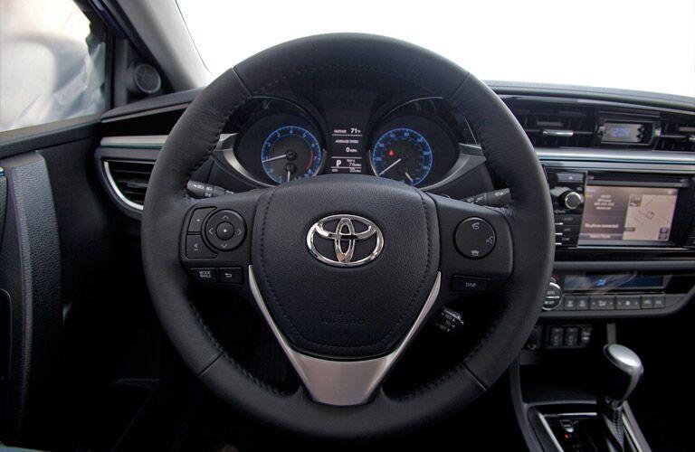 2016 Toyota Corolla vs 2016 Ford Fiesta