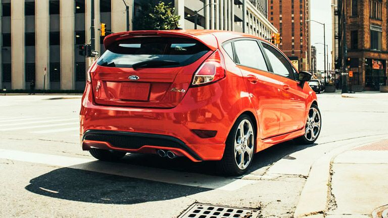 2015 Ford Fiesta vs 2015 Hyundai Accent