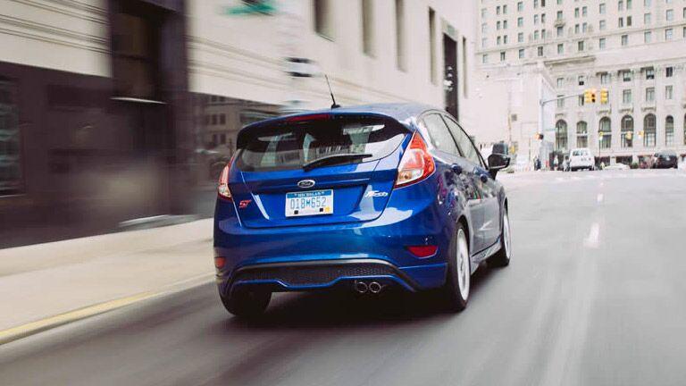 2015 Ford Fiesta vs 2015 Honda Fit