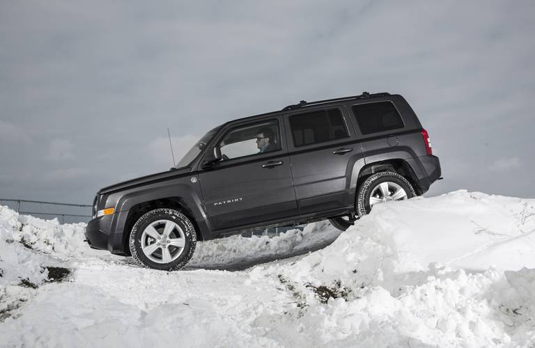 the 2016 Jeep Patriot in Albert Lea MN can off-road like none other!