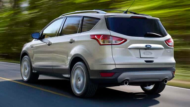 2015 Ford Escape vs. Buick Enclave