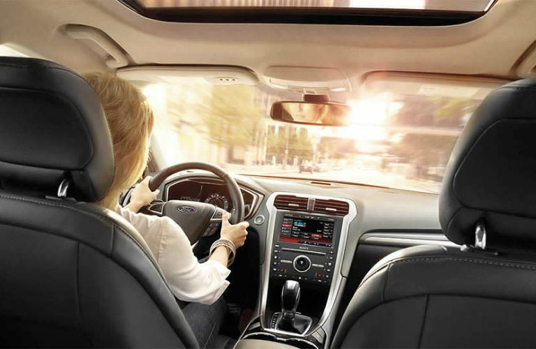 The 2016 Ford Fusion in Albert Lea MN offers a smooth ride.