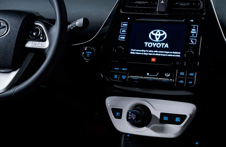 2016 Toyota Prius Shifter and Infotainment System