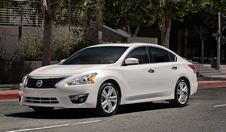 Nissan Altima midsize sedan Vacaville Davis CA