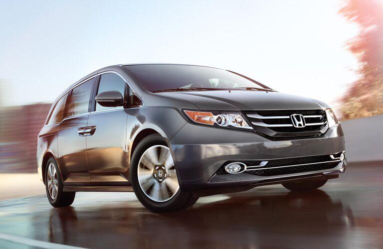 2014 Honda Odyssey Comparison