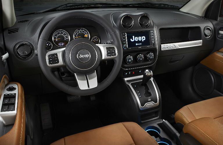 2015-Jeep-Compass-Dash