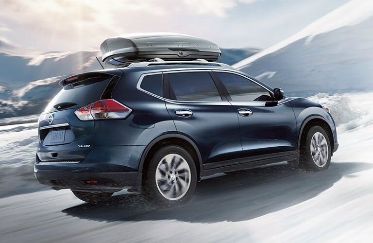 2016 Nissan Rogue rear end