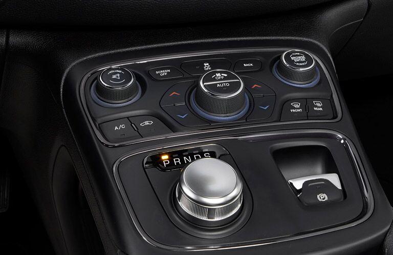 2016 Chrysler 200 Rotary Shifter