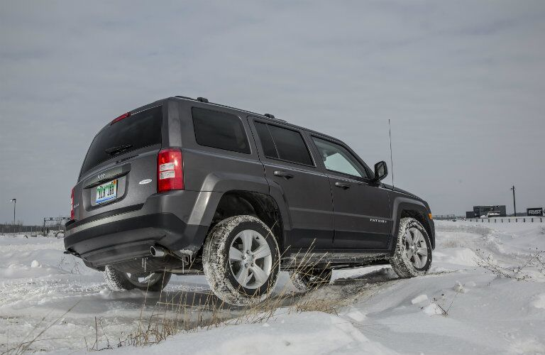 2016 Jeep Patriot Dark Gray Rear End