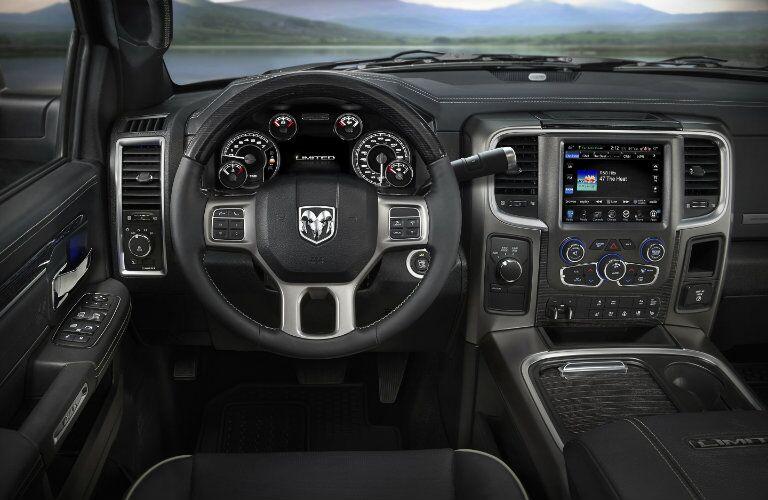 2016 RAM 2500 Interior LCD Screen