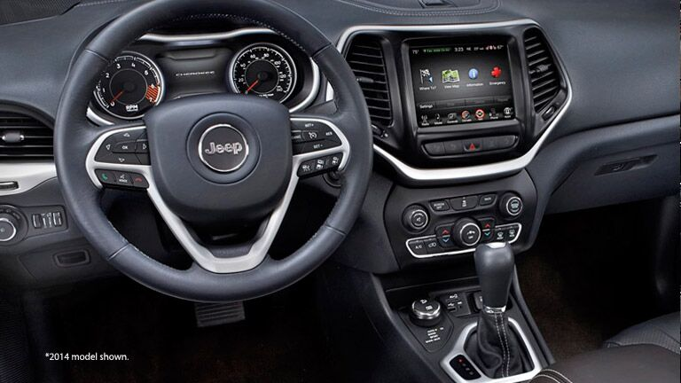 2015 Jeep Cherokee interior Southern Wisconsin