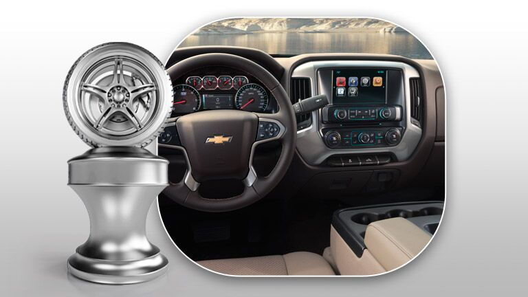 Excellent user friendly dash of the 2015 Chevy Silverado