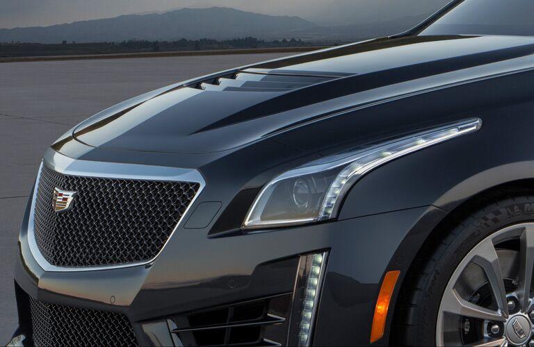 2016 Cadillac CTS hood closeup