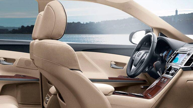 2015 Toyota Venza exterior interior