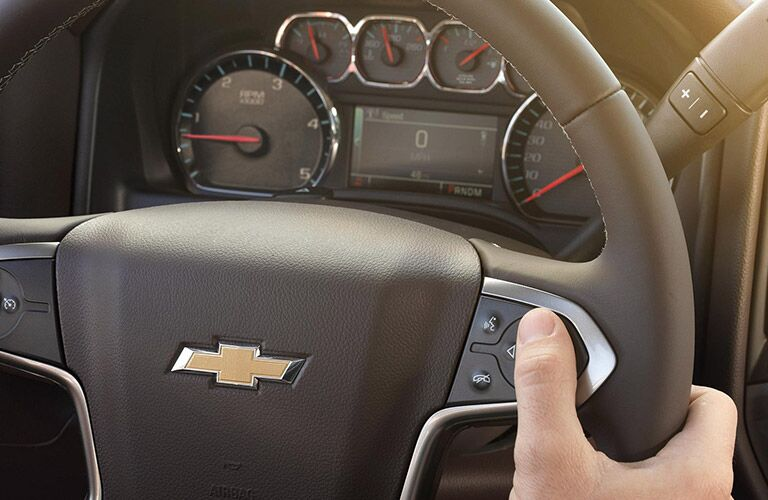 2016 Chevy Silverado 2500HD steering wheel functions
