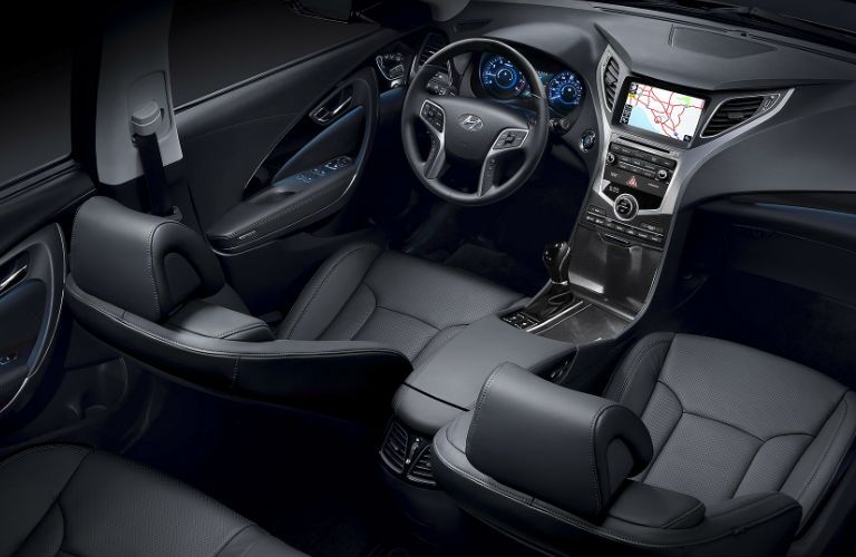 2016 Hyundai Azera with leather interior