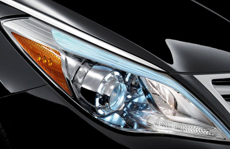 2016 Hyundai Azera replace headlight bulb