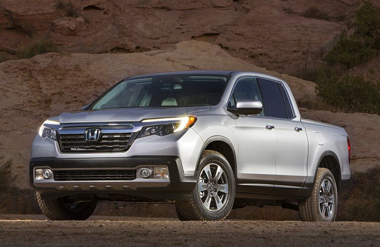 The powerful, brand new 2017 Honda Ridgeline from the side
