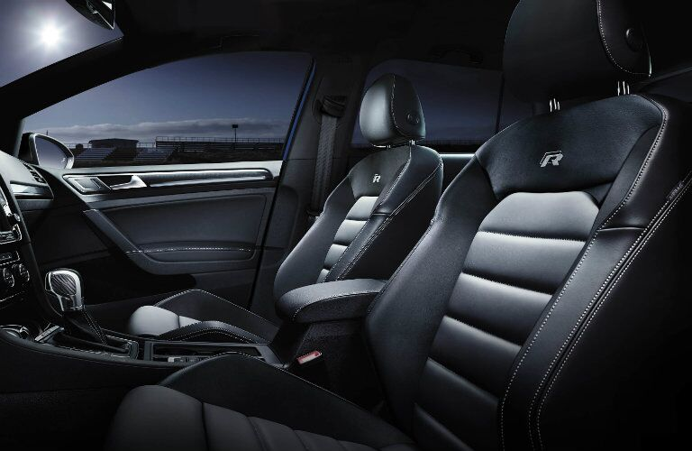 2016 vw golf r seating materials