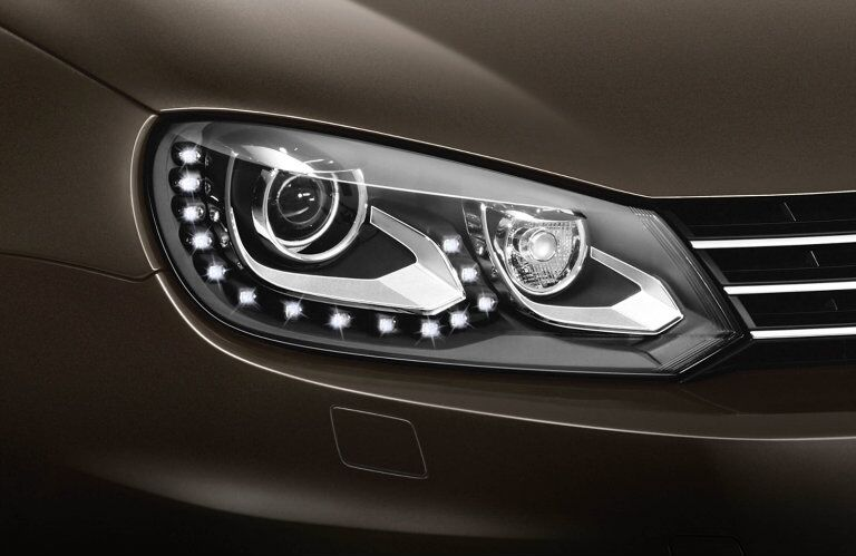 LED lights makes the 2015 Volkswagen Eos Allentown PA stylish while increasing visiblity