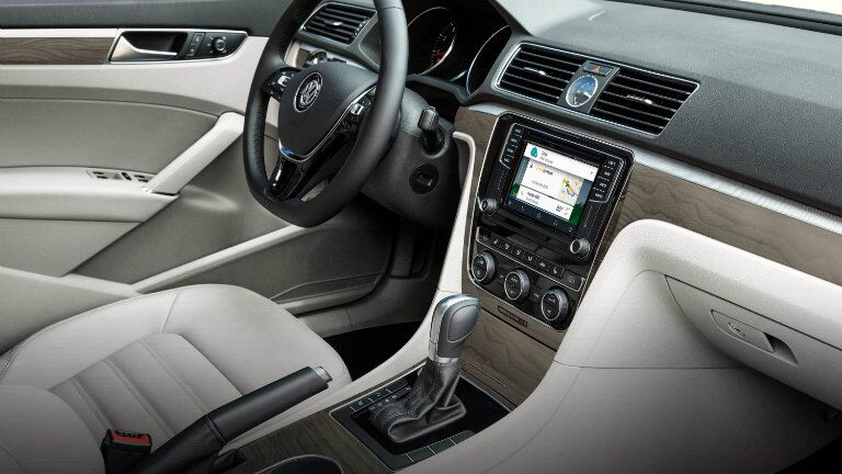 2016 vw passat interior with android auto infotainment