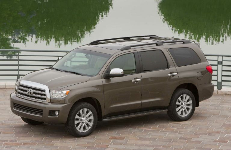 nissan armada vs toyota sequoia. Black Bedroom Furniture Sets. Home Design Ideas