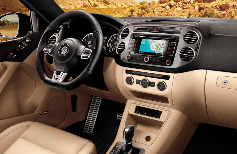 Plenty of features are available in the 2015 Volkswagen Tiguan Springfield MO