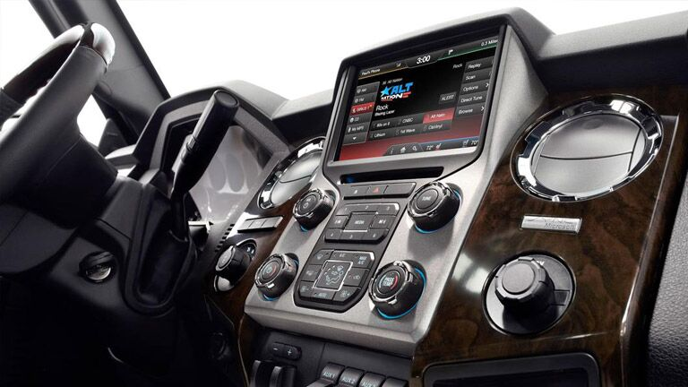 The interior of the 2015 Ford Super Duty Edmonton AB is just as powerful as the exterior.