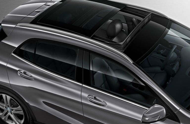 Used Mercedes-Benz GLA Dallas TX panoramic sunroof