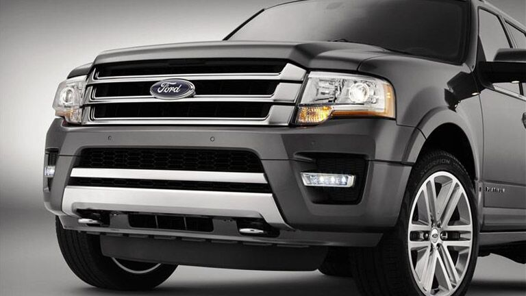 Other drivers are stopped in their tracks when they come across the 2015 Ford Expedition Winder GA.