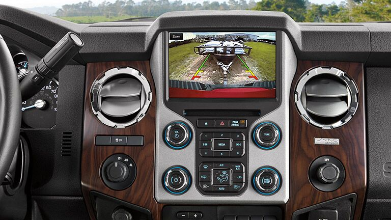 Dashboard view for the  2015 Ford Super Duty F-350