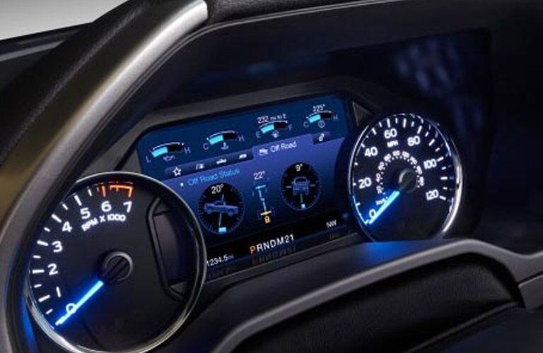 2016 Ford F-150 Lariat digital gauges