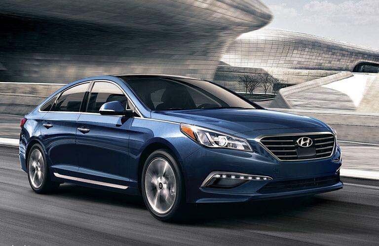 Blue exterior of the 2016 Hyundai Sonata