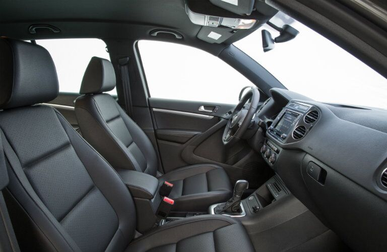2016 vw tiguan interior seating v-tex leatherette