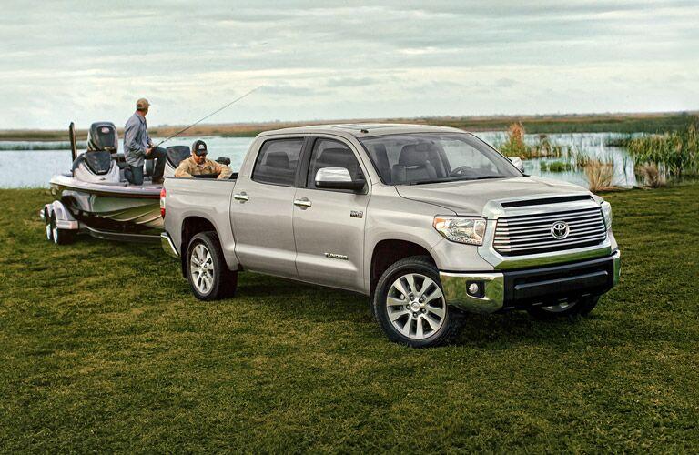 towing capacity 2016 Toyota Tundra near Bangor, ME