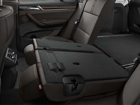2016_BMW_X3_back_seat