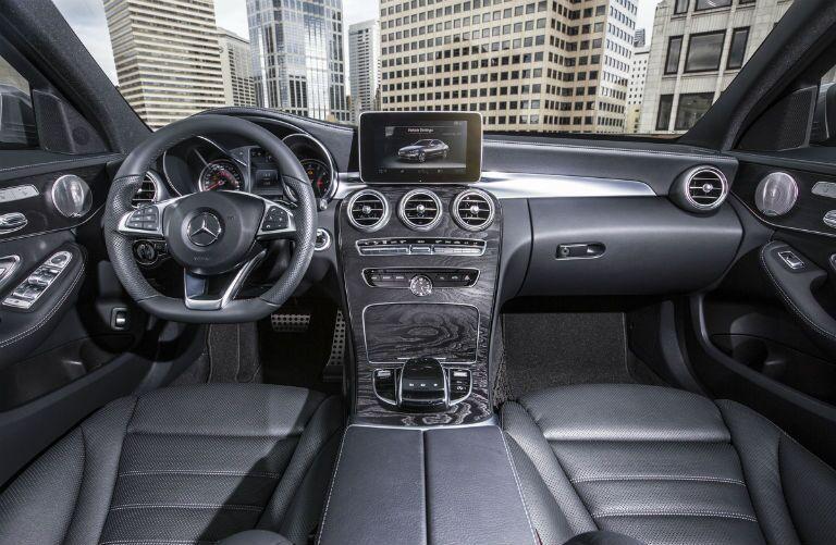 2016 Mercedes-Benz C-Class Technology